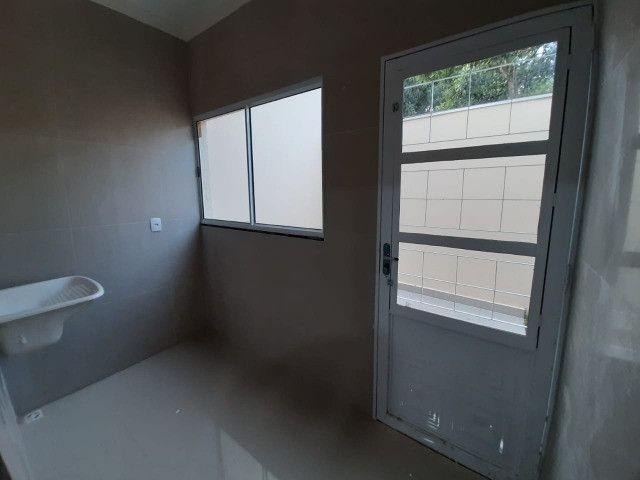 Linda casa. Próximo da UCDB. 1 suite e 2 quartos - Foto 10