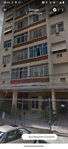 Apartamento Iluminado e Ventilado em Andar alto na Glória - Foto 18