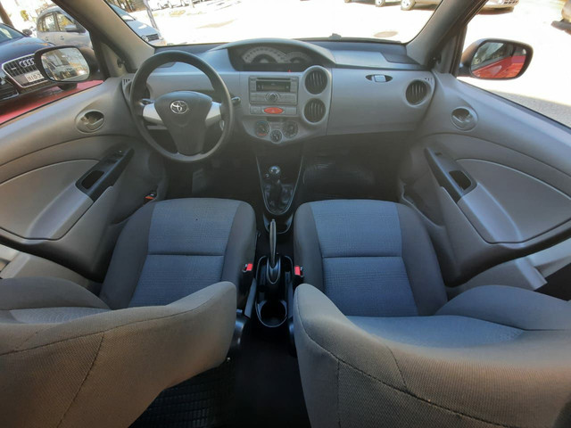 Toyota Etios Hatch Xs 1.3 Flex 2013 - Foto 16