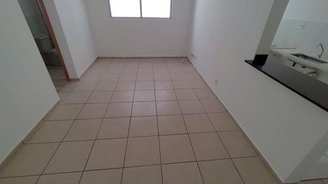 Apartamento para aluguel possui 52 metros quadrados com 2 quartos em Jardim da Luz - Goiân