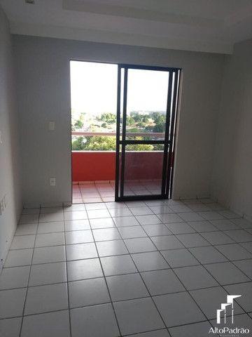 Aluguel de Apartamento no Edifício Teresa Leão