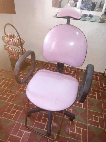 Vendo Cadeira para salão de beleza