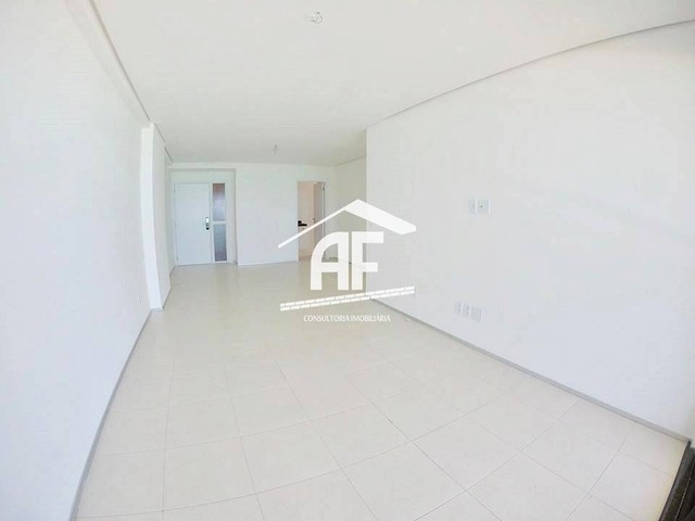 Apartamento com 4 quartos (2 suítes) - Alto padrão com vista total para o mar - Foto 6