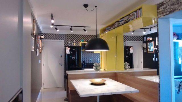 Apartamento mobiliado, decorado e equipado no bairro São Judas Itajaí a 5 min do Bisteck