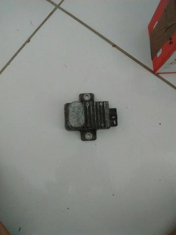 Regulador de voltagem da titan150