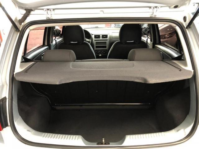 VW - VOLKSWAGEN FOX TRENDLINE 1.0 FLEX 8V 5P - Foto 13