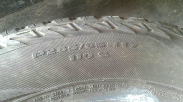 3 pneus 265 65 17