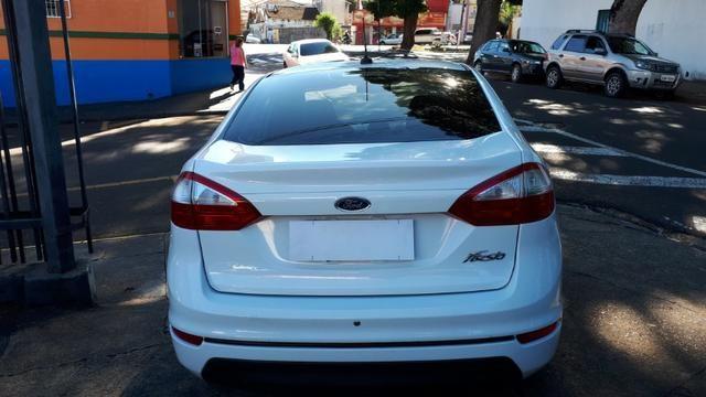 Ford Fiesta Sedan SEL 1.6 Automatico - Foto 5