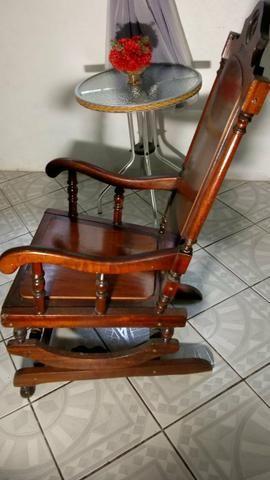 Cadeira de balanço Antiga em perfeito estado - Foto 2