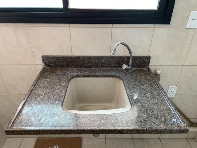 Vende-se Excelente Apartamento Semi-mobiliado no Eldorado Park - Foto 6