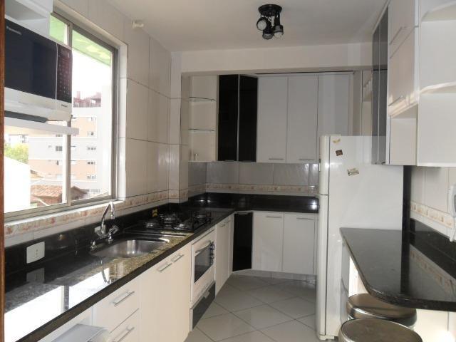 Apartamento Mobiliado, com 03 dormitórios - Água Verde - R$ 1.300,00 + taxas - Foto 5