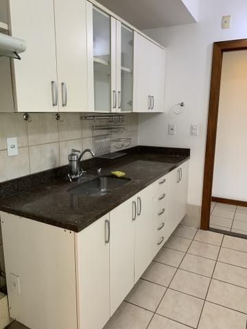 Vende-se Excelente Apartamento Semi-mobiliado no Eldorado Park - Foto 5