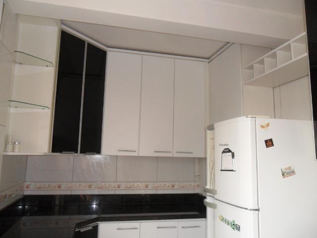 Apartamento Mobiliado, com 03 dormitórios - Água Verde - R$ 1.300,00 + taxas - Foto 10