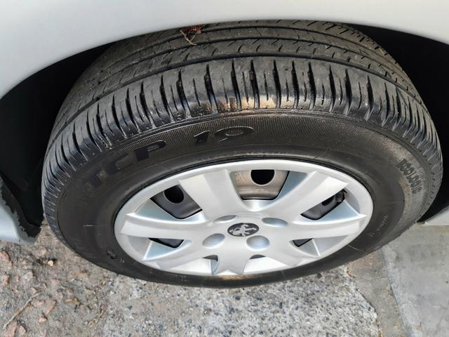 Peugeot 206 Pres 1.4 8 válvulas flex!! Completo ótimo estado!! - Foto 4