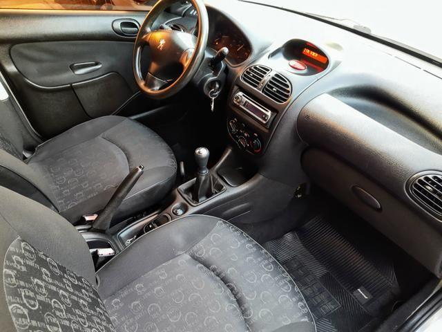 Peugeot 206 Pres 1.4 8 válvulas flex!! Completo ótimo estado!! - Foto 11