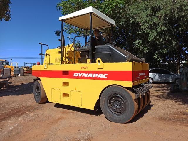 Rolo Compactador de Pneus Dynapac CP221 Ano 2008 Apenas 840 Horas