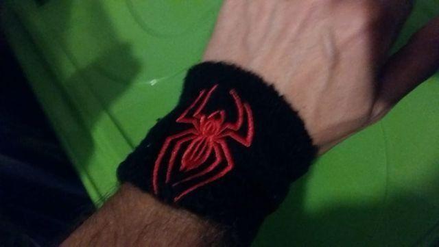 Lindas munhequeiras do Homem-Aranha - originais! - Foto 3
