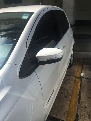 FOX 1.0 carro de mulher, carro de garagem - Foto 4