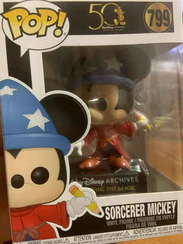 Funko Pop! Disney Archives 50 th: Sorcerer Mickey (Mickey Feiticeiro) #799 - Foto 2