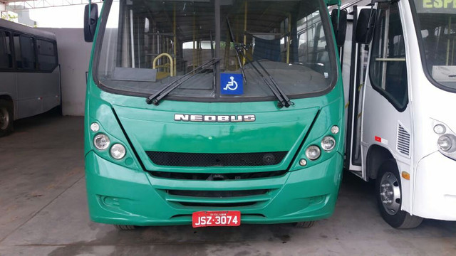 Micro ônibus urbano 2010