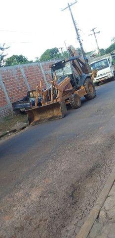 Vendo Retro escavadeira 580M - Foto 5