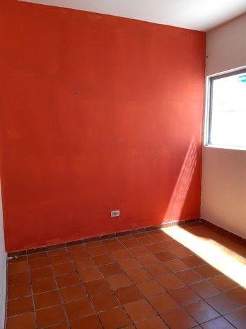 Aluga-se Apartamento na Rua Francisco Beltrão de A Lima 572 - Foto 6