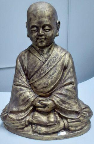 Estatueta Monge budista- Jardim externo - Foto 4