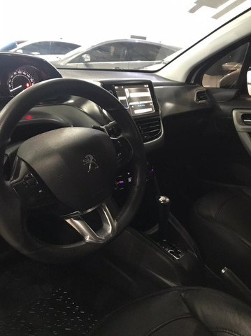 Peugeot 208 Griffe 1.6 2014 - Foto 12