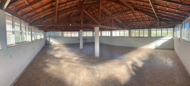 Vendo - Casa com três dormitórios com varandas em São Lourenço/MG - Foto 14