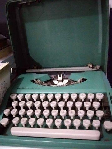 Máquina de escrever portátil Olivette - Foto 2