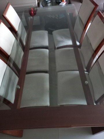 Mesa com cadeiras de 6 lugares tampo de vidro - Foto 6
