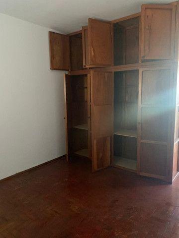 Vendo - Casa com três dormitórios com varandas em São Lourenço/MG - Foto 9