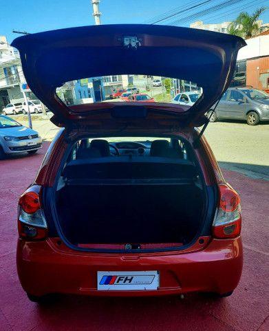Toyota Etios Hatch Xs 1.3 Flex 2013 - Foto 10