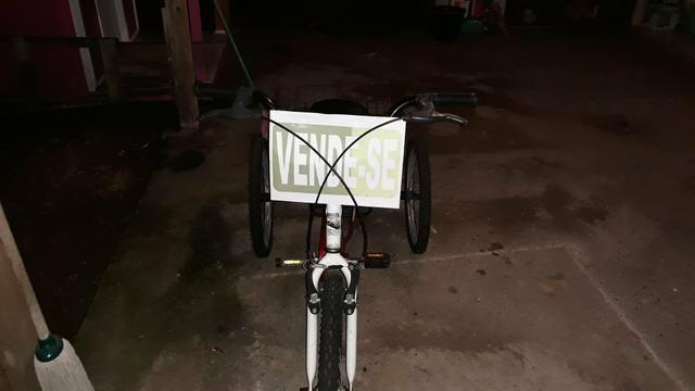 Triciclo (Bicicleta três rodas)