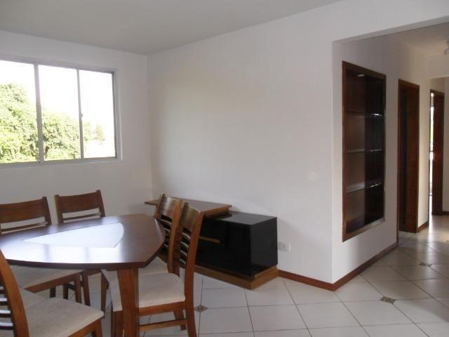 Apartamento Mobiliado, com 03 dormitórios - Água Verde - R$ 1.300,00 + taxas - Foto 3
