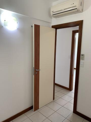 Vende-se Excelente Apartamento Semi-mobiliado no Eldorado Park - Foto 13