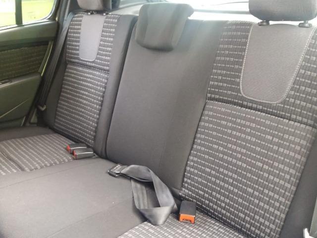 Renault Sandero Privilege 1.6 automático 2013 - Foto 10
