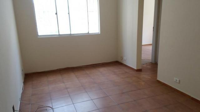 Apartamento, 02 Quartos- Colubandê