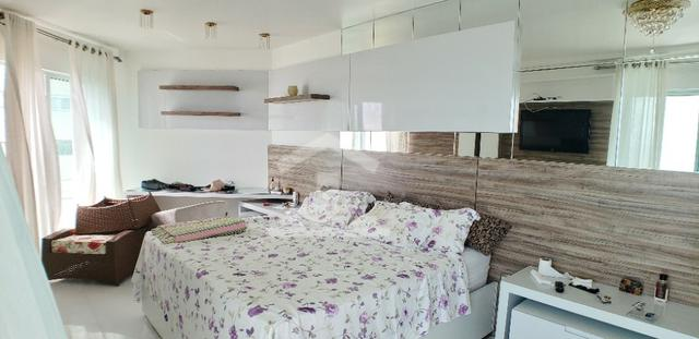 Apartamento na Ponta do Farol / 5 Suítes / 400m - Foto 2
