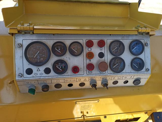 Rolo Compactador de Pneus Dynapac CP221 Ano 2008 Apenas 840 Horas - Foto 5