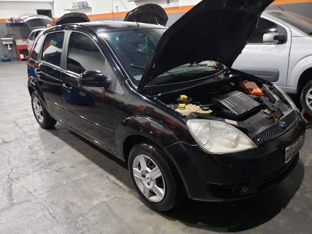 Ford Fiesta 2006 1.6 completo - Foto 5