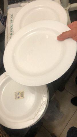 Pratos para restaurante Novos