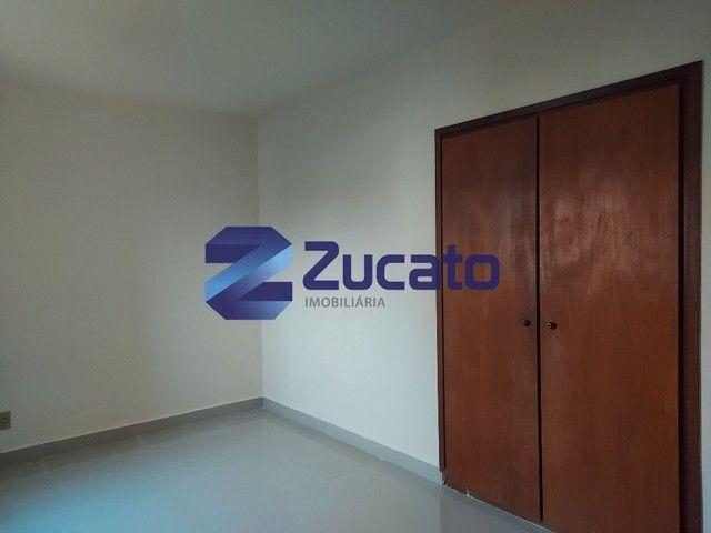 Apartamento com 3 dormitórios para alugar, 0 m² por R$ 1.200,00/mês - Centro - Uberaba/MG - Foto 2