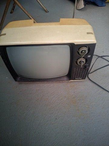 Televisão antiga, uhf/vhf - funcionando - Foto 5