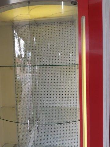Expositor de Vidro Curvo com Iluminação 3 Prateleiras - Foto 4