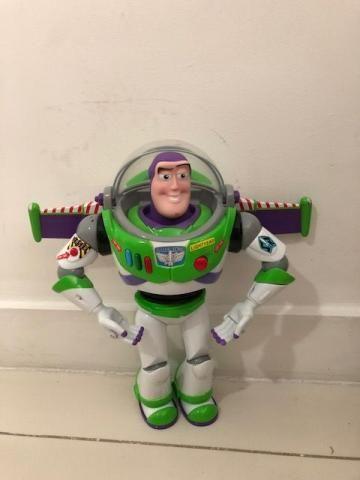 Buzz Lightyear Perfeito
