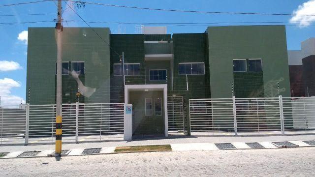 Apartamento com 2 quartos, documentação gratis e entrada facilitada