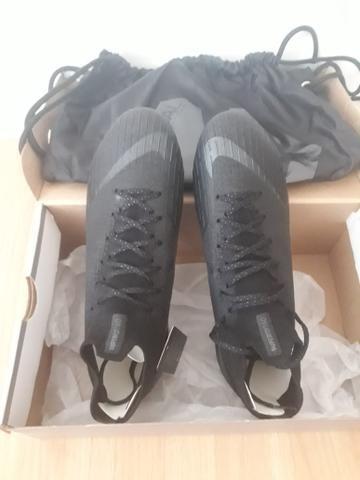 9e2f1c80a139e Chuteira importada Nike Mercurial Elite VI(n° 40) - Linha profissional