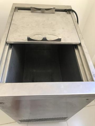 Meat Freezer e utensílios para lanchonete