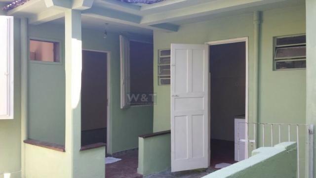 Casa com 01 quarto, sala, cozinha, banheiro e área de serviço. Aluguel: R$550,00